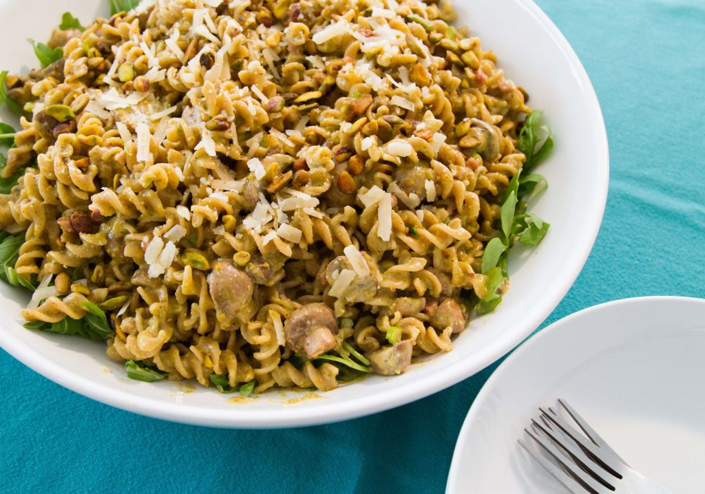 SERVE THIS DISH FAMILY STYLE IN A BIG PASTA BOWL